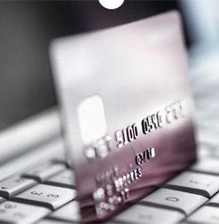 El cliente efectúa el pago